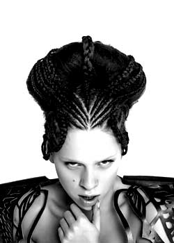 © TOSHA TAN e CHLOENG - TONI&GUY HAIR COLLECTION
