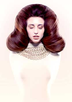 © CARLOS VALIENTE LORENA CARBONEIL CLARI HAIR COLLECTION