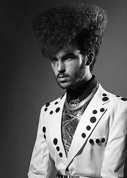 © CARLOS VALIENTE HAIR COLLECTION