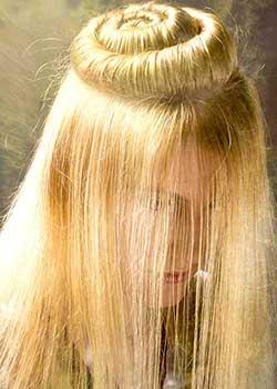 © SANDOR SZEL - FIGARO TEAM HAIR COLLECTION