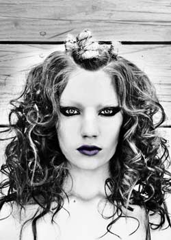 © LISA BATES HAIR COLLECTION