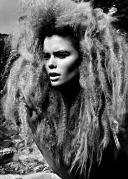 © SCOTT SMURTHWAITE HAIR COLLECTION